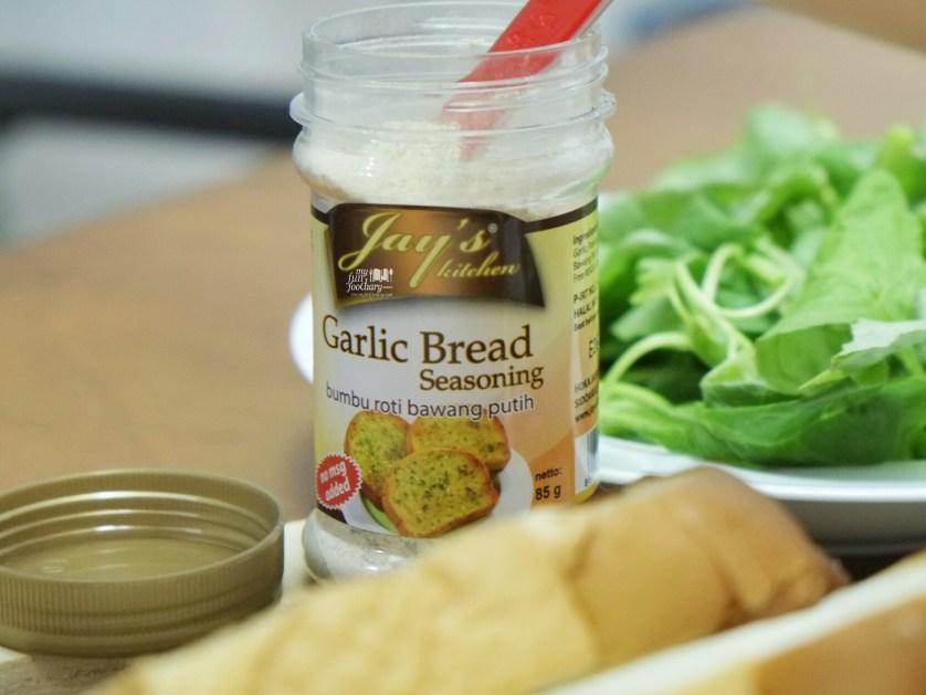 Garlic Bread Seasoning by Mullie Myfunfoodiary