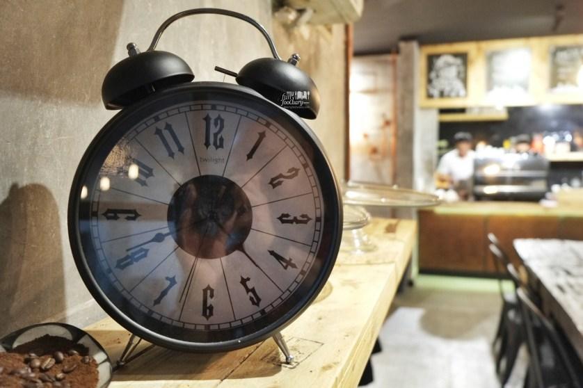 Decorations at WATT Coffee by Myfunfoodiary