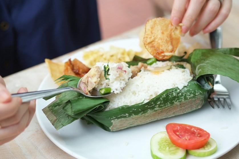 Nasi Gulung Ikan Asin at Pentabear by Myfunfoodiary 01