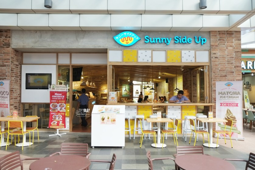 Tampak Depan Sunny Side Up Summarecon Mal Serpong by Myfunfoodiary 01