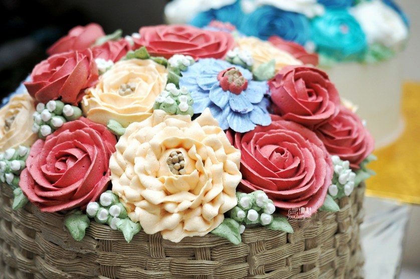Flower Butter Cream made by Vera Spatula Baking Course - by Myfunfoodiary