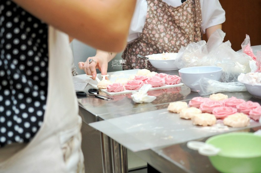 Loads of Fun at Spatula Baking Course by Myfunfoodiary