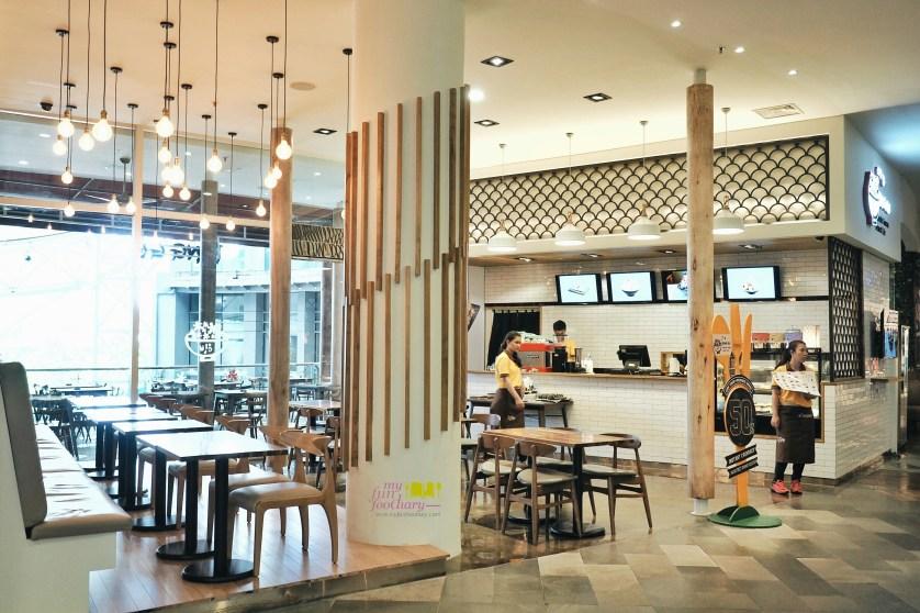 Suasana Indoor Bing Go Korean Dessert Cafe by Myfunfoodiary 01