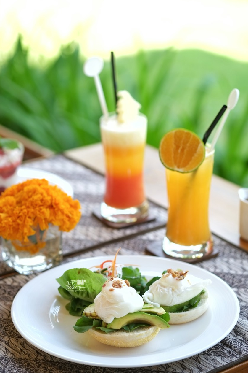 Poached Egg - De Daun Resto at Villa De Daun Bali by Myfunfoodiary 02
