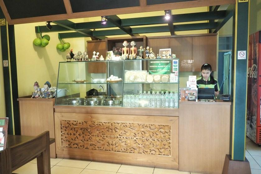 Suasana Gudeg Ningrat Alam Sutera by Myfunfoodiary