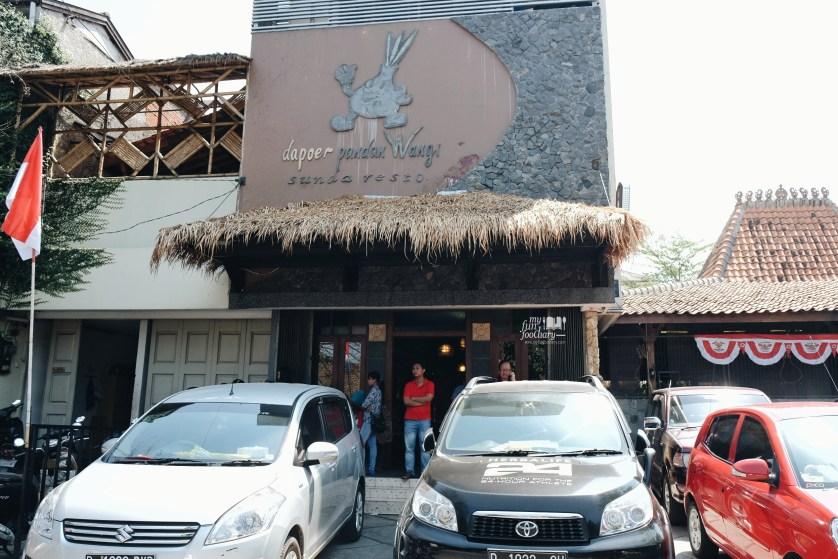 Exterior Dapoer Pandan Wangi Bandung by Myfunfoodiary