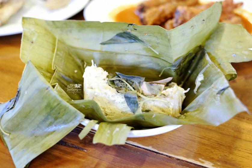 Pepes Tahu at Dapoer Pandan Wangi by Myfunfoodiary 01