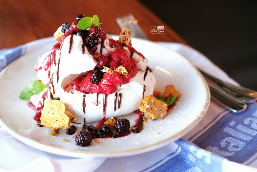 Raspberry and Chocolate Rippled Pavlova at Jamie's Oliver Bali by Myfunfoodiary
