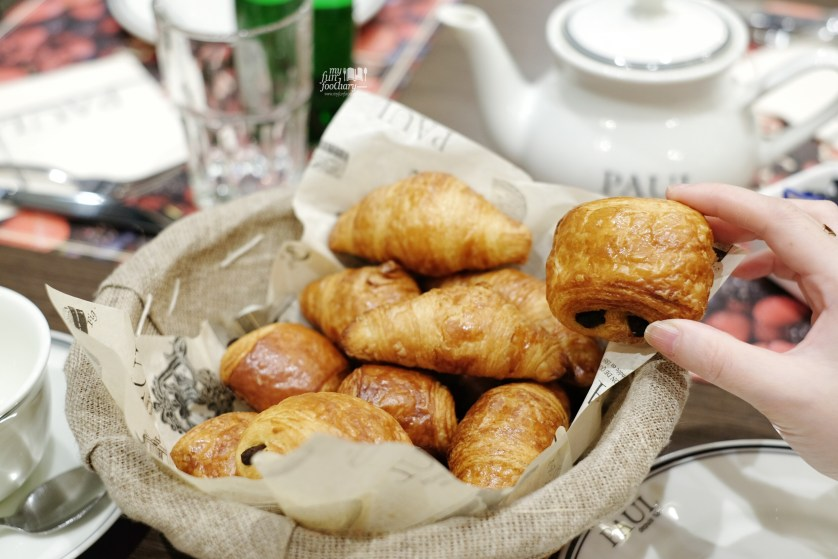 Fresh Baked Croissant at Paul indonesia by Myfunfoodiary