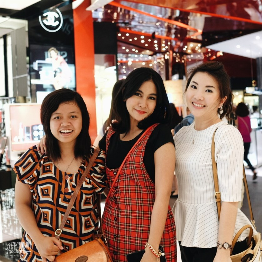 Listy and Anisa with me at Tangs Plaza for shopping time by Myfunfoodiary