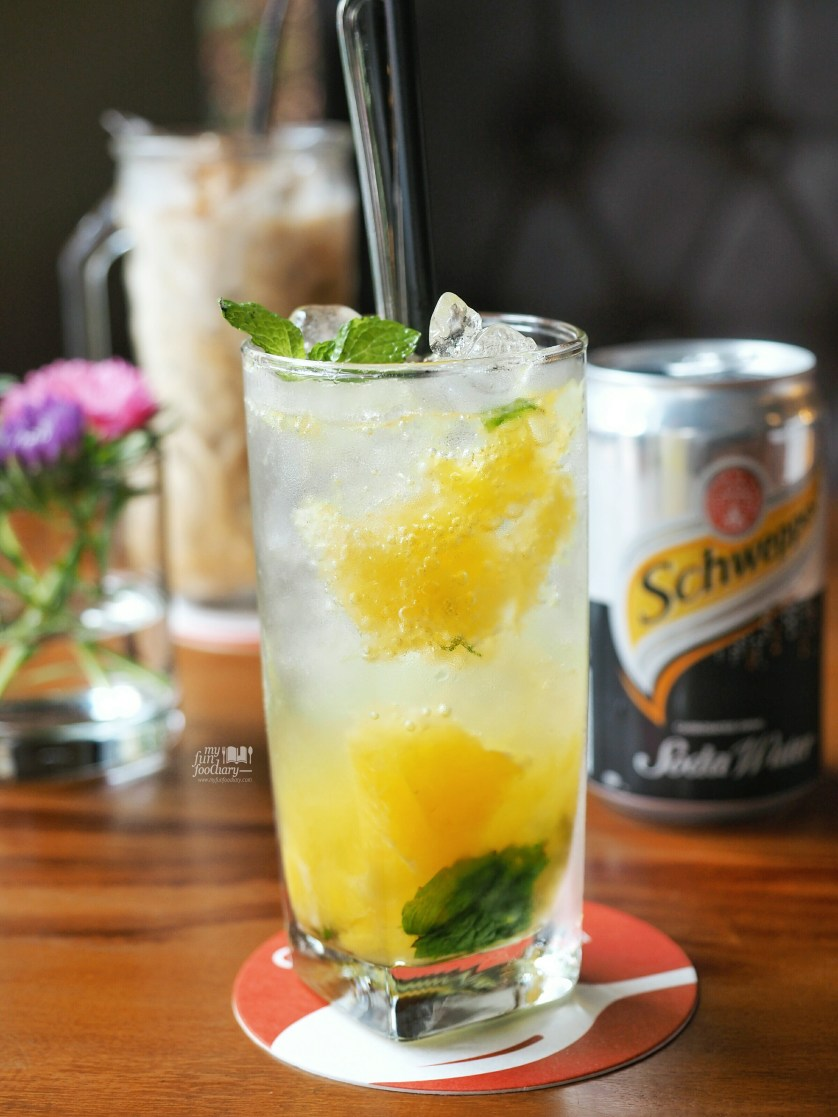 Mango Mojito at The Hook by Myfunfoodiary