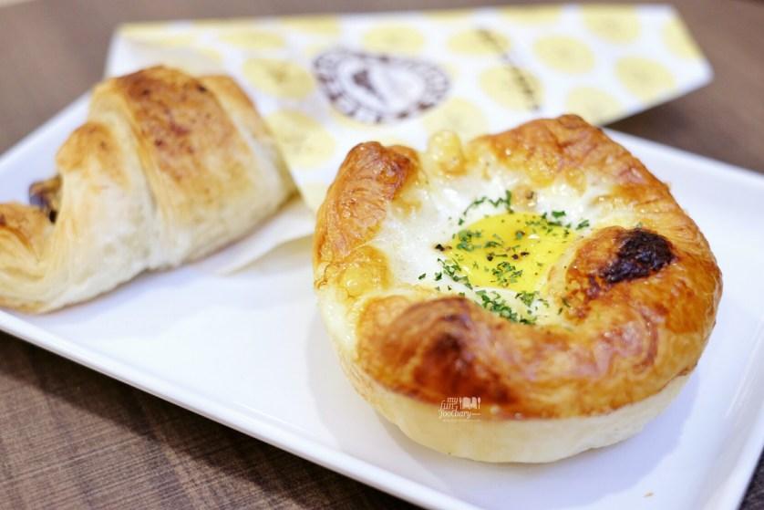 Chicken Egg Salsa at St Marc Cafe Jakarta by Myfunfoodiary
