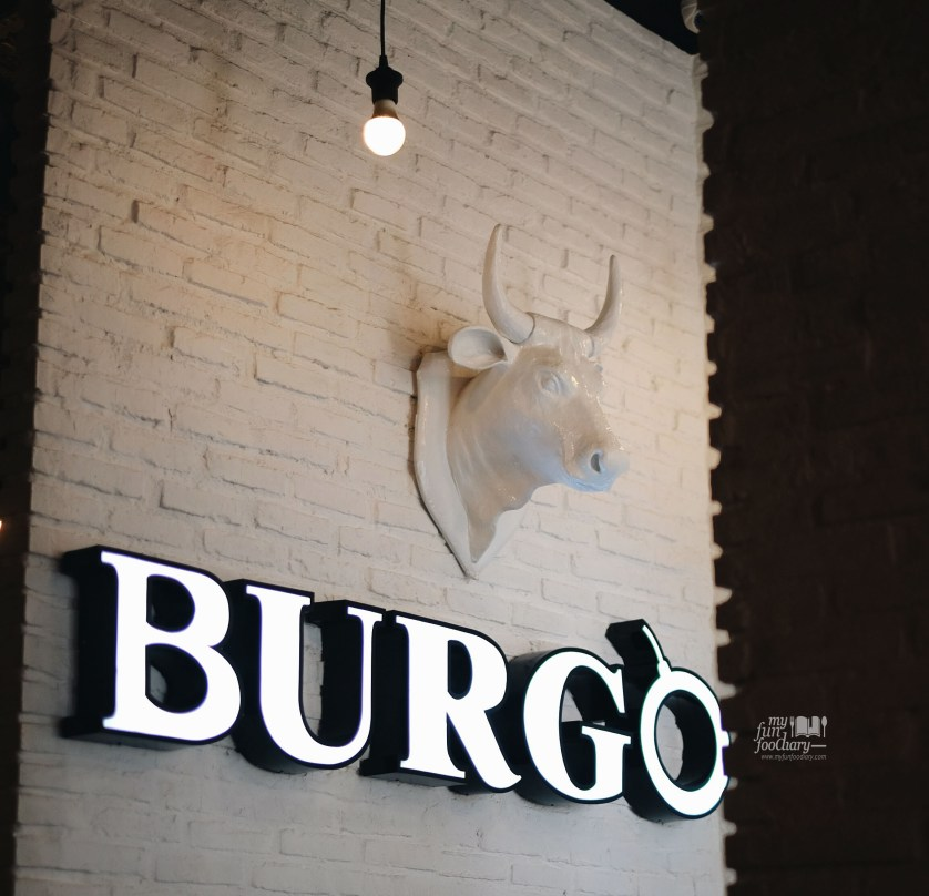 Cozy ambiance at Burgo Restaurant by Myfunfoodiary