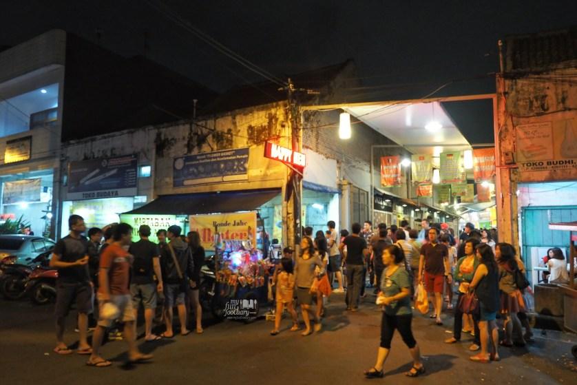Tembusan ke jalan Cibadak Bandung by Myfunfoodiary