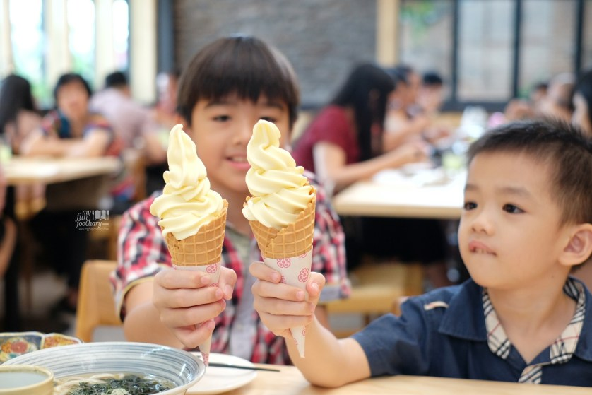 Kiddos and their Soft Cream Milk Ice Cream at Nama Sushi by Myfunfoodiary