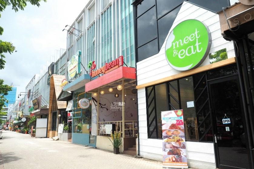 Tampak Depan Meet and Eat PIK by Myfunfoodiary