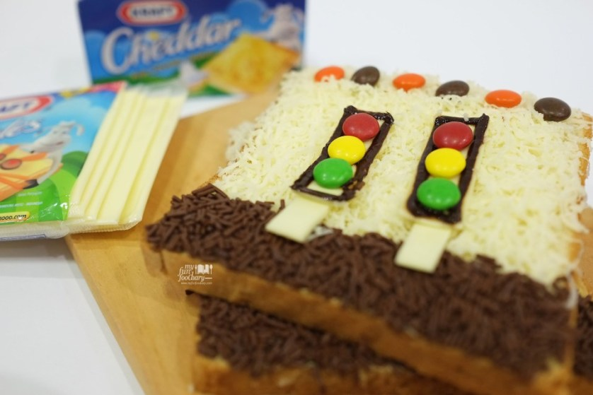 Traffic Light Bread with Kraft Cheese Kejumooo