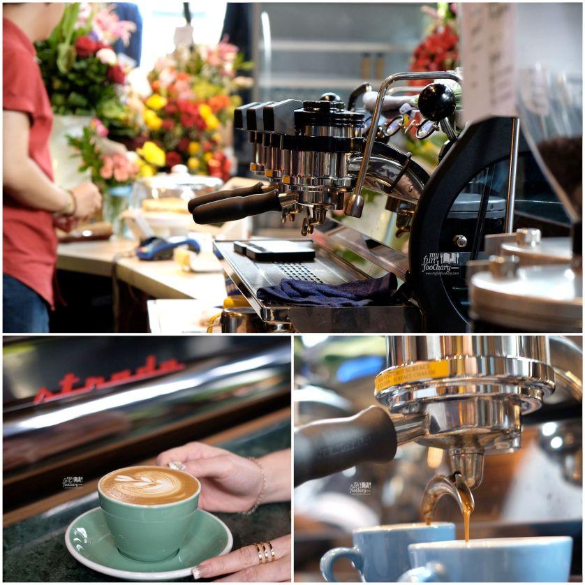 Strada Coffee Machine at Djule Kofi by Myfunfoodiary e