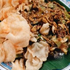 [NEW] Indonesian's Street Food Fun Culinary Trip with Luke Nguyen