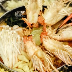 [THAILAND] Tom Yum UFO Hot Pot with Cheese at SanSab Restaurant, Bangkok