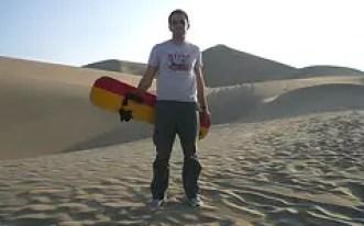 Huacachina sandboarding peru