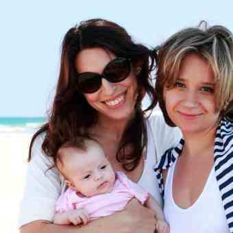 Donor insemination for lesbian women who want to start a family