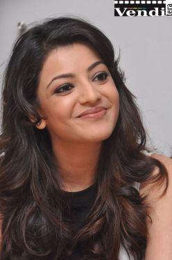 Kajal-Agarwal-Telugu-Actress-Cute-Photos
