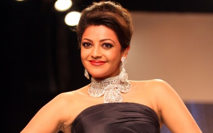 kajal-agarwal-in-black-dress-wallpapers-and-backgrounds