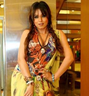 mahima_chaudhary-in-saree