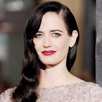 "HOLLYWOOD, CA - MARCH 04: Actress Eva Green arrives at the ""300: Rise Of An Empire"" Los Angeles premiere at TCL Chinese Theatre on March 4, 2014 in Hollywood, California. (Photo by Gregg DeGuire/WireImage)"