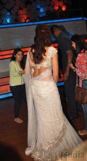 Deepika Padukone on the sets of Nach Baliye 5 (3)