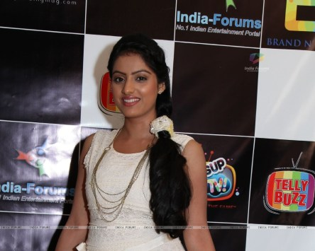 248902-deepika-singh-at-the-celebration-of-india-forums-ninth-annivers