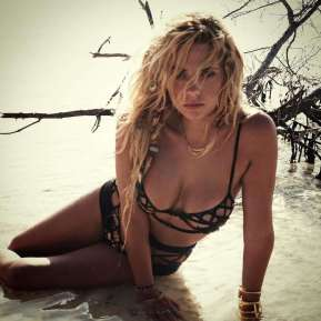 Ashley-Benson-Hot-in-Bikini--01
