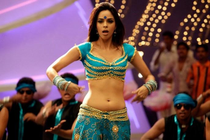 Bollywood-Malika-Sherawat-Hot-Photoshoot-12