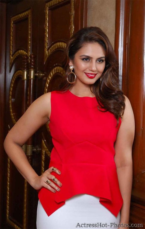 Huma-Qureshi-at-Femina-Issue-My-Body-My-Rules-2014-event