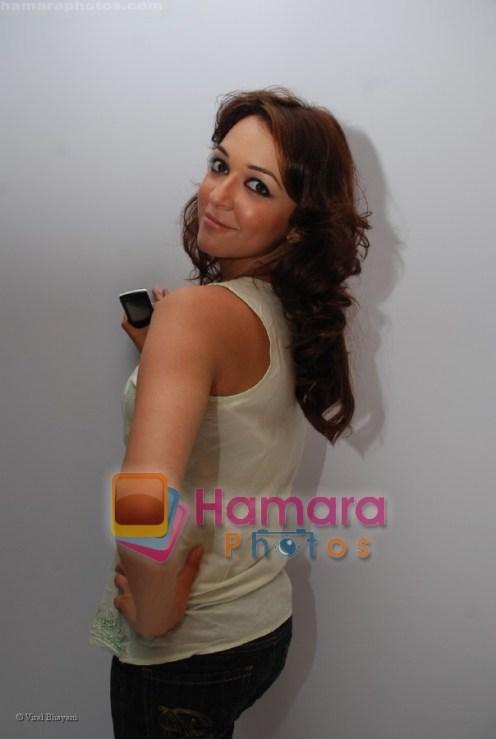 Nauheed Cyrusi at Hobby Ideas Shaina NC show in Leela Hotel on April 13th 2008 (80)