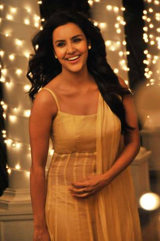 Priya-Anand-22