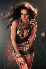 9-Nathalia-Kaur-Hot-PhotoShoot-in-Gold-and-Black-Dress