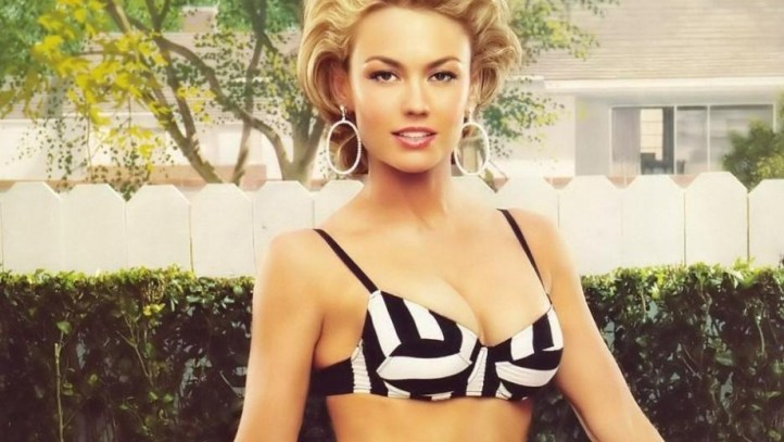 920_kelly-carlson-still-looking-hot-as-40-approaches-2764