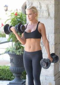 Jenny-McCarthy-workout