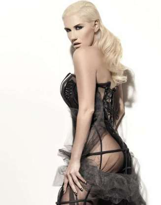 KeSha hot for Vibe-03