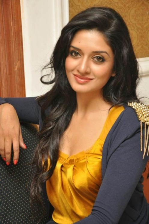 Vimala Raman Jeans Yellow Top (8)