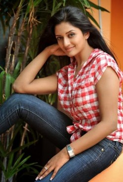 Vimala Raman Photos 9