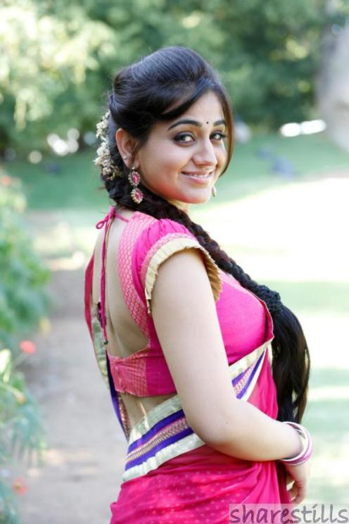aksha-pardasany-hot-saree-pics-7