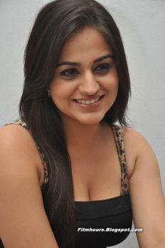 Aksha Pardasany Hot Stills 04