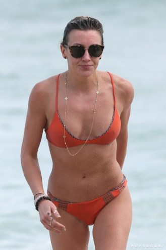 Katie-Cassidy-Hottest-Bikini-Pictures (2)