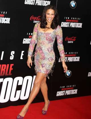 Paula Patton - Hot at Mission Impossible Ghost Premiere-15