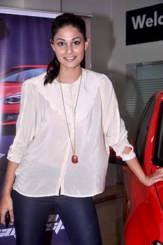 Puja_Gupta_Promotions_of_'Go_Goa_Gone'_in_association_with_Volkswagen_09