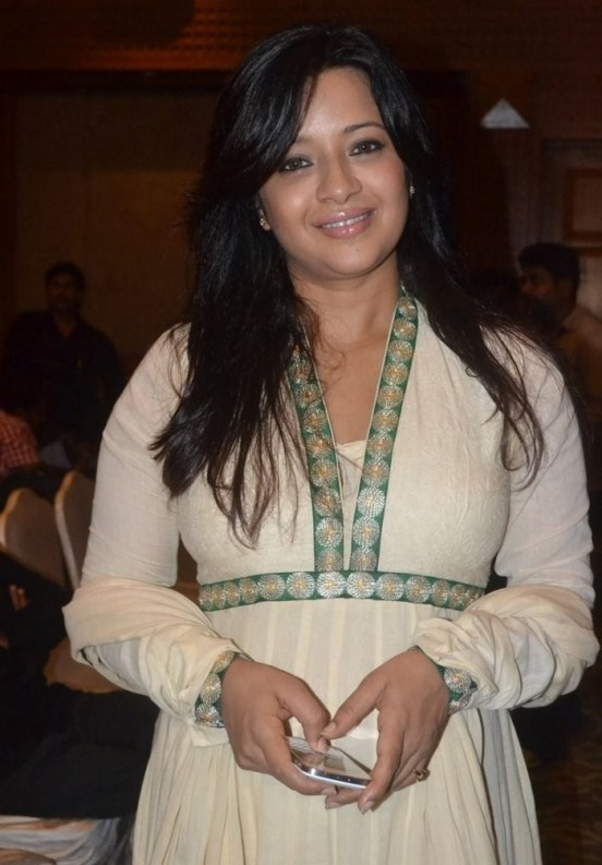 Tamil Actress Reema Sen Latest Pictures