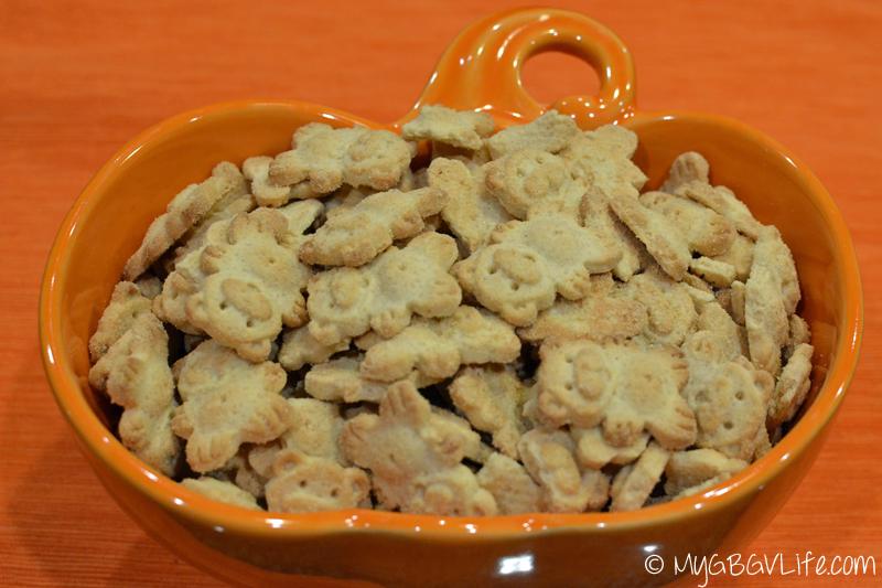 My GBGV Life bowl of pumpkin bear cookies